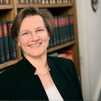 Erster Kontakt - Christina Welzel